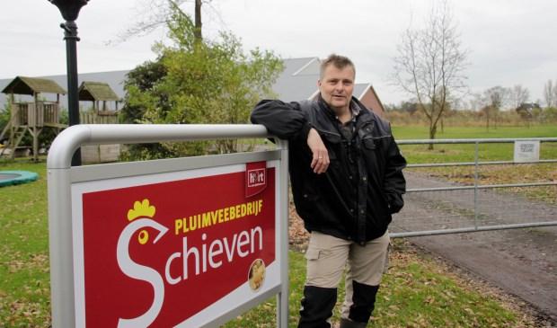 """""""Als je dit kunt doen voor een dorp dan is dat mooi"""", aldus Dick Schieven. Foto: Eveline Zuurbier"""