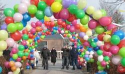 Het ballonnenfonds levert een kleurrijk straatbeeld op. Foto: PR
