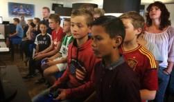 Gamen in een voetbalambiance. Foto: PR