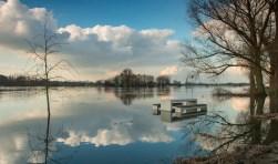 Hoog water in de IJssel, hier Bronkhorst. Foto: Burry van den Brink