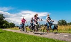 Fietsdriedaagse Ons Pakhuus over mooie routes. Foto: Henk van Raaij