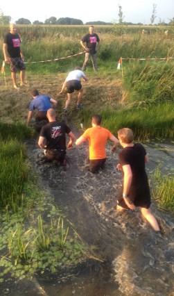 De Boer'n Drek Run, door modder en water. Foto: PR