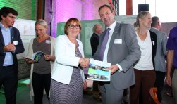 V.l.n.r.: Nathan Stukker, Annelies de Jonge, Bea Schouten en Frans Holleman. Foto: PR