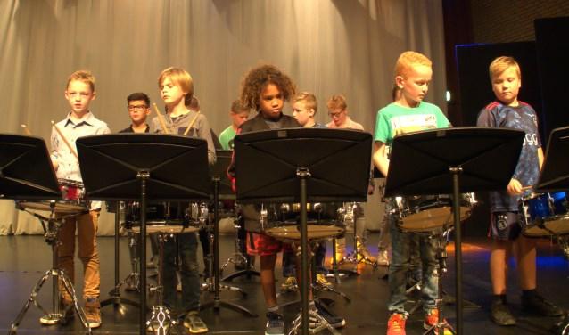 Leerlingen van de muziekschool in actie tijdens het benefietconcert. Foto: PR
