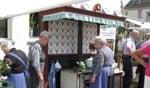 De kokvrouwleu van Boerengoed in actie op hun ouderwetse fornuis. Foto: PR