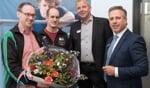 Op de foto v.l.n.r. penningmeester van TTV Eibergen Jeroen Grijsen, 2e penningmeester Bart Waanders en Countus-ondernemersadviseurs Johnny Lankheet en Roelof Tuin. Foto: Joop Koopmanschap