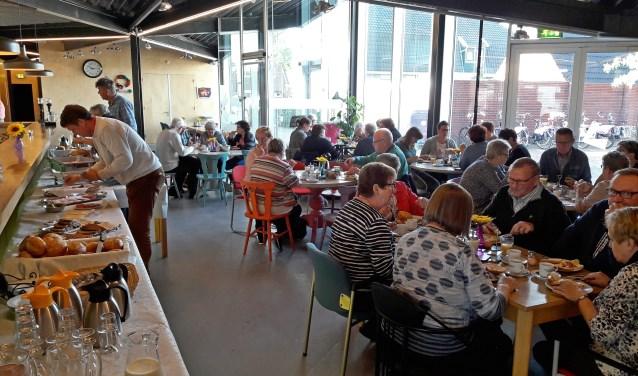 Tweede zondag van de maand; ontbijten in Kulturhus