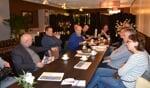Uitleg over doelgroep tijdens persconferentie. Foto: Karin Stronks