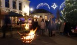 Volop sfeer tijdens de kerstkoopzondag in Aalten. Foto: PR