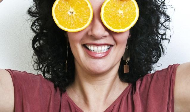 Een portret van Nadia Zerouali in de serie 'portretten zonder poeha'. Foto: Jessica de Lepper
