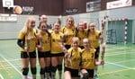 De Kampioenen van DVO Meisjes C1 promoveren naar de Hoofdklasse. Foto: PR
