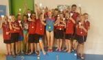 De succesvolle jongens en meisjes van zwemvereniging De Berkelduikers. Foto: PR