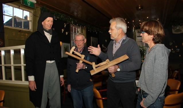 Kleppers officieel overhandigd aan stadsboer Henk en de BSB