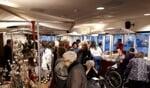 Gezelligheid en drukte op de kerstmarkt in de Molenberg. Foto: PR