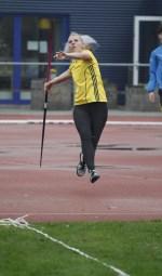 Marijke Esselink in actie op zevenkamponderdeel speerwerpen. Foto: Nathan Posthumus