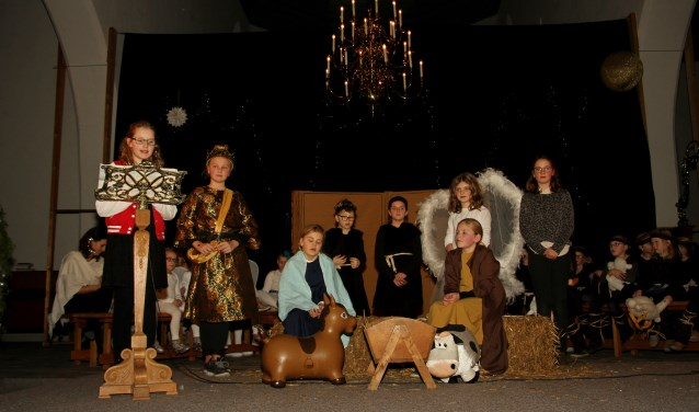 Iedereen uit het kerstverhaal keert terug in het boek als een kind het wil lezen. Foto: Achterhoekfoto.nl/Liesbeth Spaansen