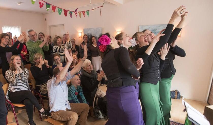 Flamencogroep Los Pajaritos. Foto: Patrick van Gemert