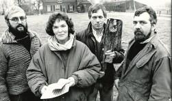 De 'buurtverenigers' van het eerste uur: Theo Berendsen, Barbara Stapelbroek, Gerrit Smeitink en Gerard Nieuwenhuis.  Foto: PR