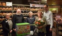 Petra Eland, Bas Bloem, de heer en mevrouw Pascarelli en Hans Eland. Foto: Dyanne Schiphorst