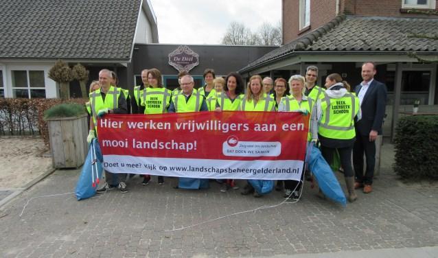 De Afvalbrigade in Beek en Loerbeek is van start gegaan. Foto: Jeroen van der Vos