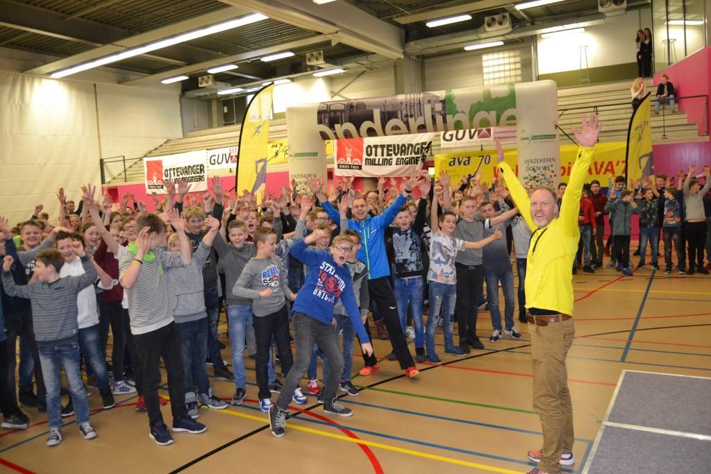 Schaersvoorde leerlingen gaan trainen voor GUV scholierenrun. Foto: Karin Stronks  © Achterhoek Nieuws b.v.