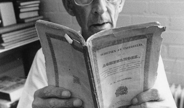 Lambertus Abraham Berrevoets, de laatste mannelijke Berrevoets in de boekhandel in de Hamburgerstraat. Foto: Kronyck