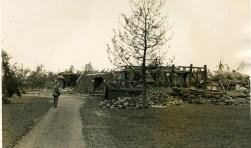 Schade na de cycloon in Neede. Foto: Archief Historische Kring Neede.