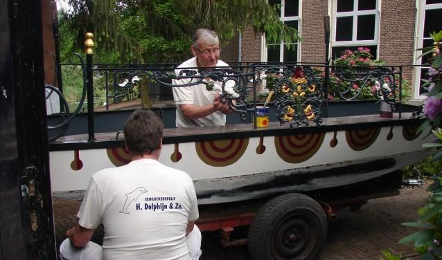 Het huwelijksbootje werd van een nieuwe verflaag voorzien. Foto: PR.