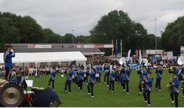 Drum- en Showfanfare Apollo uit Goor bracht een verrassende show met als thema The Sound of Movie'. Foto: Jan Hendriksen.