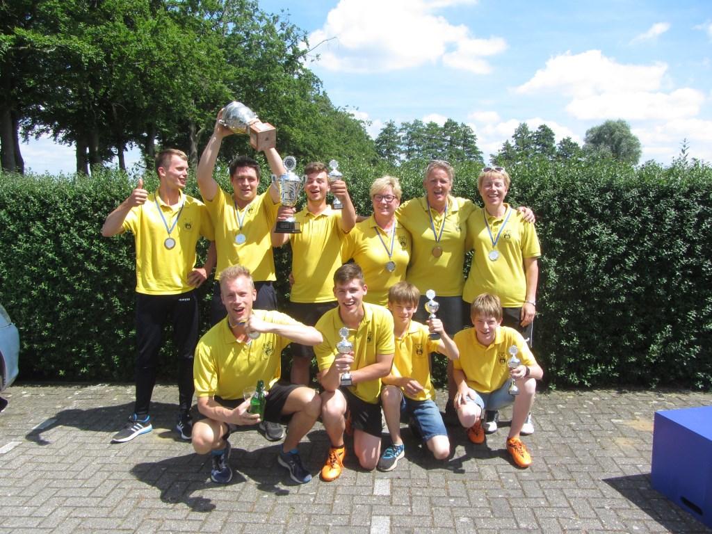 De kampioenen van Klootschietvereniging Zwolle. Foto: PR