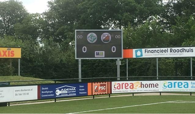 Het nieuwe scorebord van FC Zutphen. Foto: M. van 't  Klooster