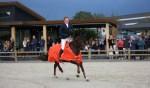 Thomas Arendsen Raedt maakt de ereronde. Foto: Wendy Scholten