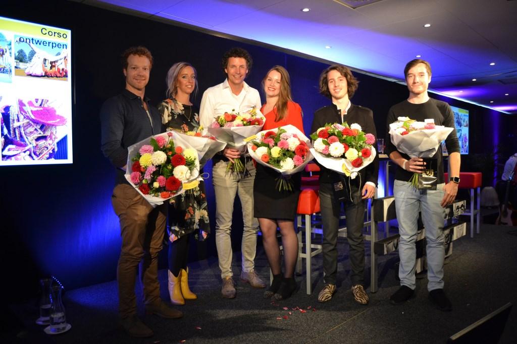 De deelnemers aan de 'talkshow' bij corsotainment. Foto: Karin Stronks