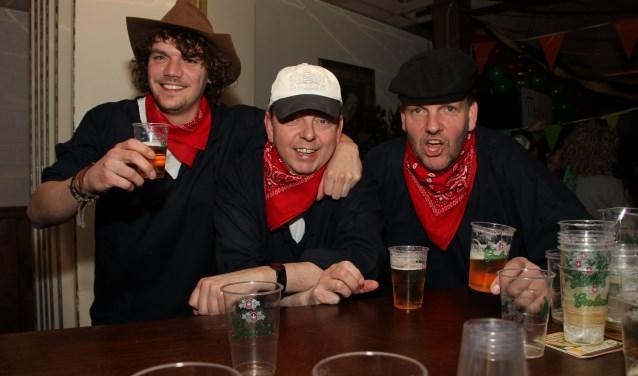 Het Handkar-Trio treedt op in Café Heezen. Foto: PR