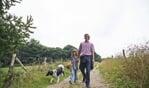 Op het bestaande pad, dienen honden aangelijnd te zijn. Foto: Natuurmonumenten/Stefani Buijsman