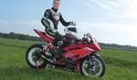 Joey den Besten pakt titel in het IRRC kampioenschap 600. Foto: Henk Teerink