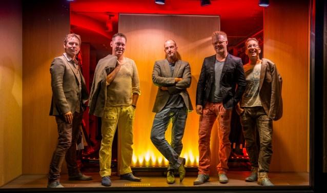 De Millennium Showband heeft altijd zin in een feestje. Foto: PR