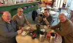 De vrijwilligers van het Repair Café Dinxperlo. Foto: PR
