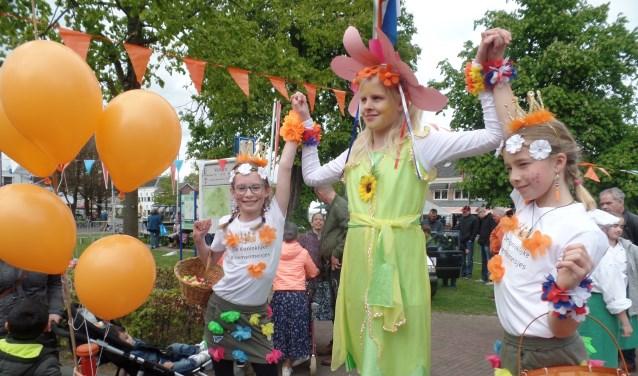 De doelstelling van Oranjevereniging Vorden is om dit jaar de succesvolle Kids Living Statues op Koningsdag deel te laten nemen aan de speciale optocht in het kader van het 120-jarig bestaan van Oranjevereniging Vorden. Foto: Jan Hendriksen