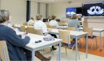 Multidisciplinaire patiëntenbespreking van het behandelteam slokdarmkanker via videoconferencing met alle betrokken ziekenhuislocaties.Foto: Medische Fotografie Gelre ziekenhuizen