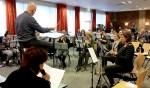 Repetitie voor Musci4All met verteller Miranda Loff. Foto: Wim Papperse