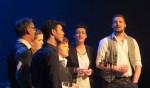 De bandleden van Lads'n Lassies blijken ook allemaal goed te kunnen zingen. Foto: Josée Gruwel