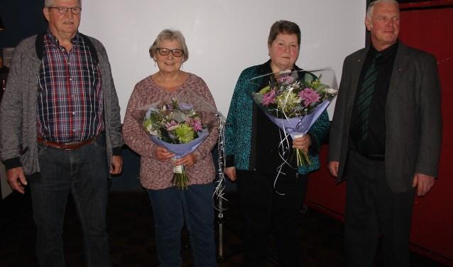 Henk Stronks (links) en Martin Meijer met echtgenotes. Foto: PR