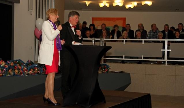 Burgemeester Marianne Besselink en Frans Miggelbrink in gesprek over 2017. Foto: Achterhoekfoto.nl/Liesbeth Spaansen