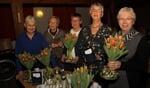 Jubilarissen van Vrouwen van Nu: Diny Derksen, Diny Boogman, Ina Hoogkamp, Toos Zeevalkink en Dikkie Garritsen. Foto: Liesbeth Spaansen