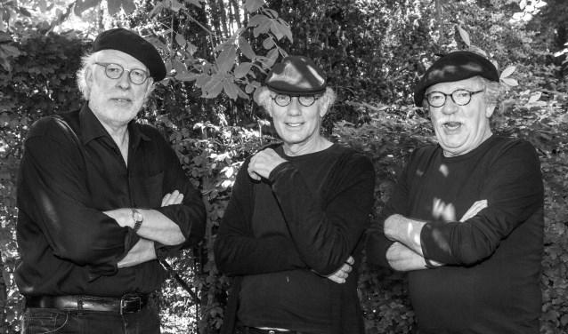 Bugter, Blijenberg en van Bloois, kortweg BuBLBL, troubadours inc. Foto: Arie Cijfer