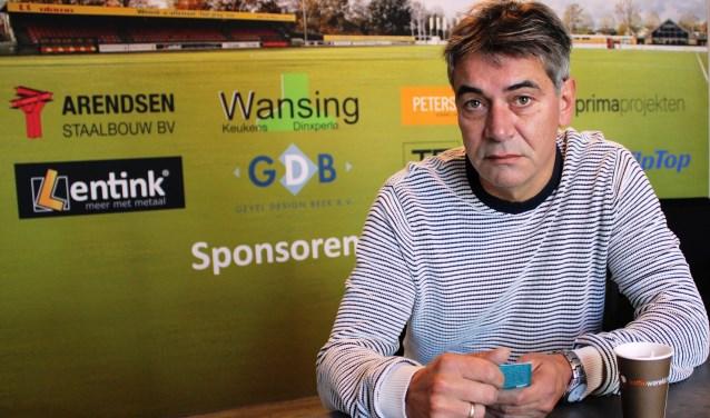 Foto: John Nijenhuis, de nieuwe trainer van SDOUC. Foto: John van der Kamp