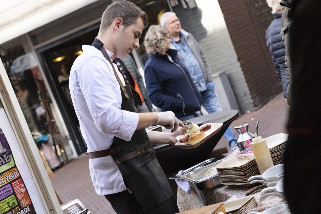 Volop lekker eten en eten. Foto: Jorieke Philippi  © Achterhoek Nieuws b.v.