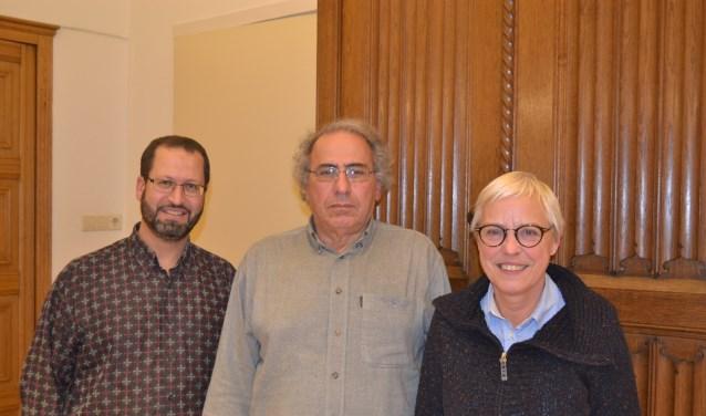 V.l.n.r. Abdul el Ahmadi, Abdeslem el Yadari en Trudy de Ruiter. (Jos Droste ontbreekt op de foto). Foto:: Leander Grooten