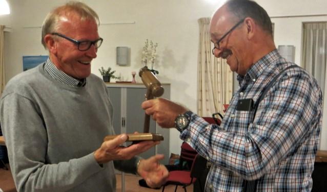 Links Herman Eelderink, rechts John van Osch. Foto Gerard Lovink